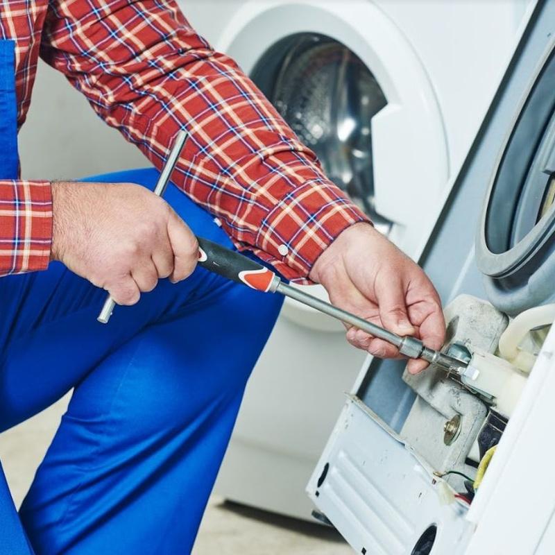 Reparación de secadoras: Servicios de Briotec