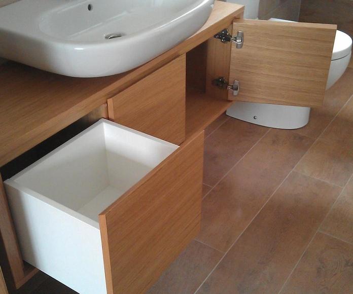 Mueble de baño interior
