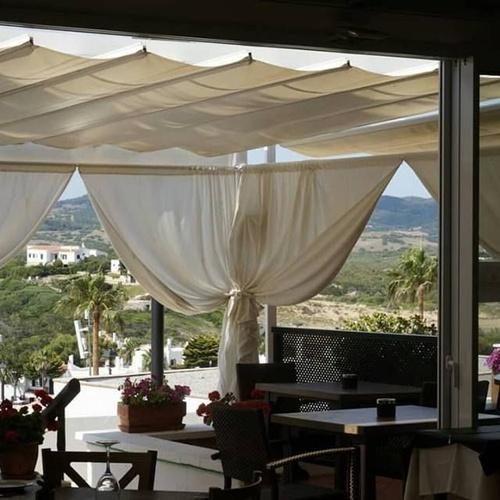 Restaurante mediterráneo Es Mercadal | Restaurant Es Cactus