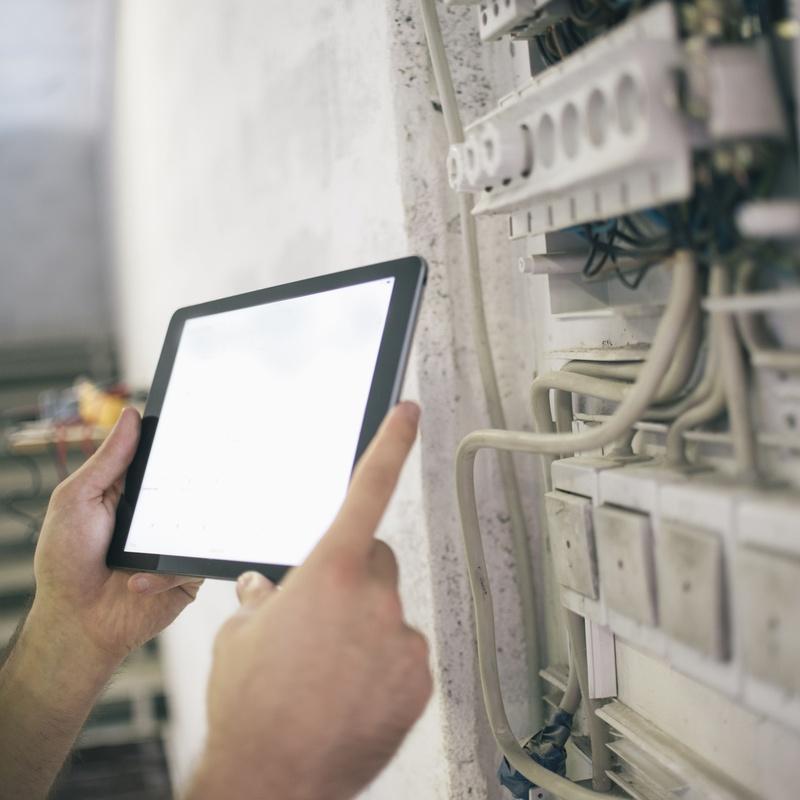 Instalaciones de redes: Servicios de J2 Electricidad