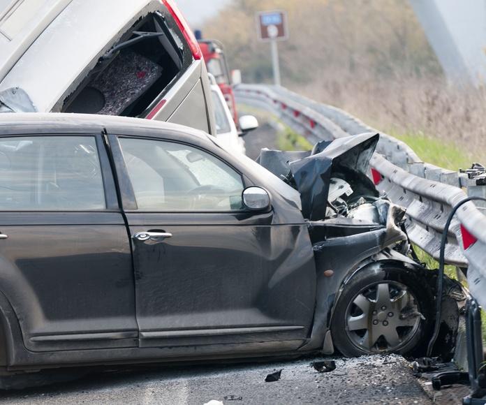 Fallece una sierense en otra colisión entre dos coches en el cruce de Fábrica de Mieres