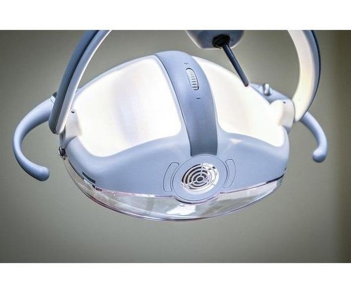 Cirugía oral: Servicios de Clínica Dental El Mirador