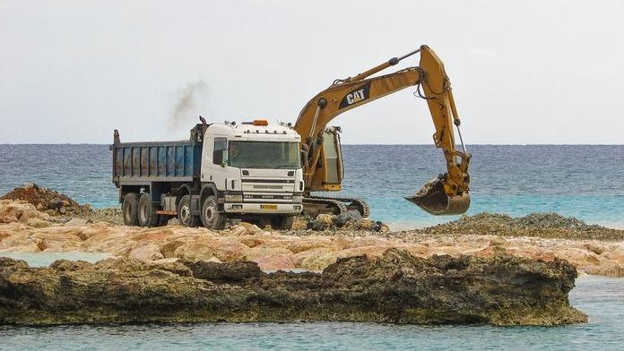 Excavaciones: Servicios de Desmontes y Excavaciones Horche S.L.