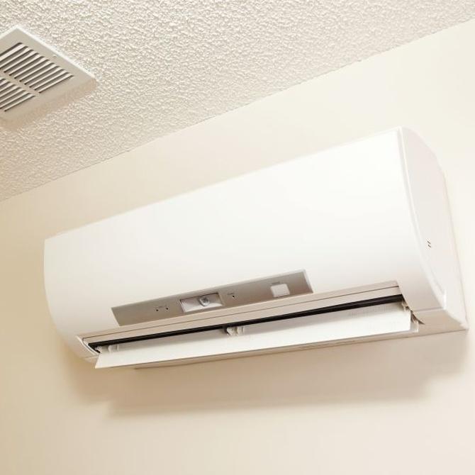 ¿Para qué sirve el gas del aire acondicionado?