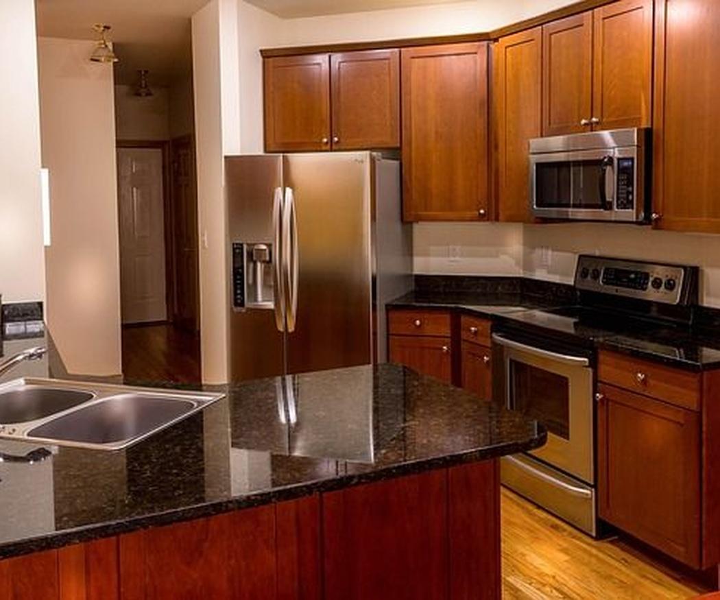 ¿Qué material elegir para la encimera de tu cocina?
