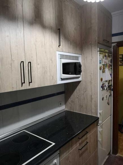PROYECTO REALIZADO EN CARABANCHEL: PROYECTOS REALIZADOS de Diseño Cocinas MC