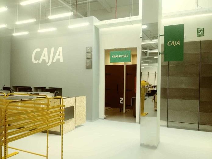 Realización tienda Sprinter Lorca (Murcia) y Roquetas (Almeria). 1