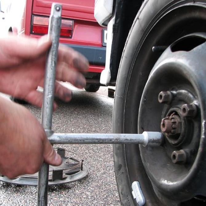 Revisar los neumáticos antes de las vacaciones