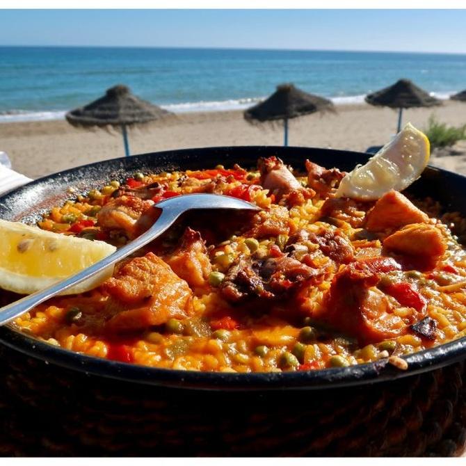 Comer rico y en la playa: carta o ¿Menú Turístico?