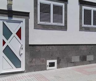 Diseño de puertas y ventanas en aluminio en Las Palmas
