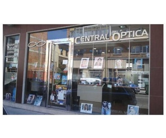Especialidades: Productos  de Central Óptica Villalegre