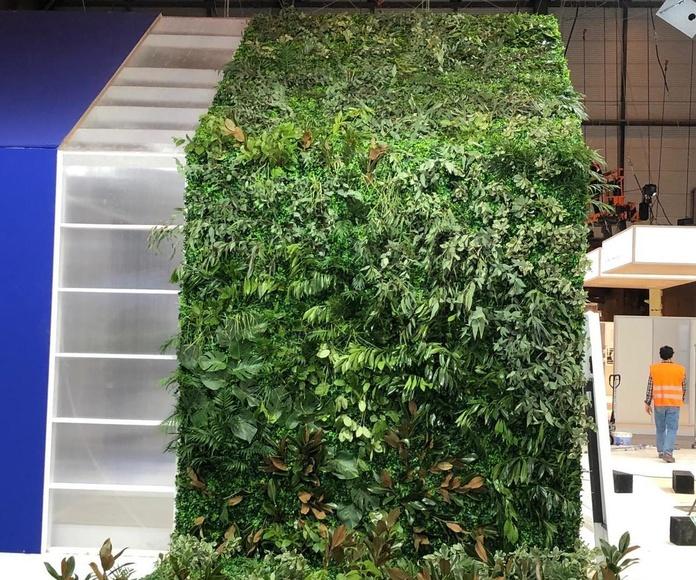 Jardin vertical fondo artificial relieves naturales empresa Baxi ifema evento