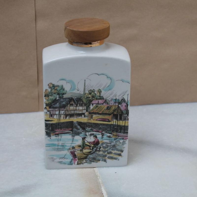 Botella de porcelana decorada años 60:  de Ruzafa Vintage