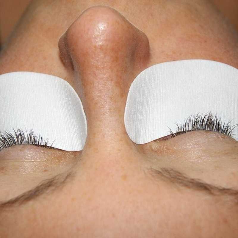 Extensiones de pestañas: Tratamientos estéticos de Crina Rus Beauty Center