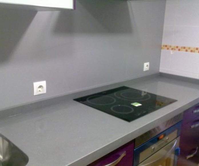 Encimera(negro, gris; plomo, cemento, niebla, etc): Catálogo y exposición de Alcomármol