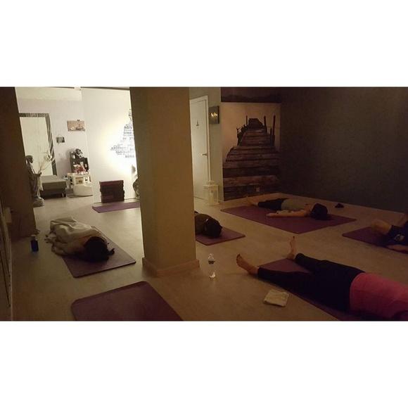 Hipopresivos: Servicios de Indira Yoga & Pilates