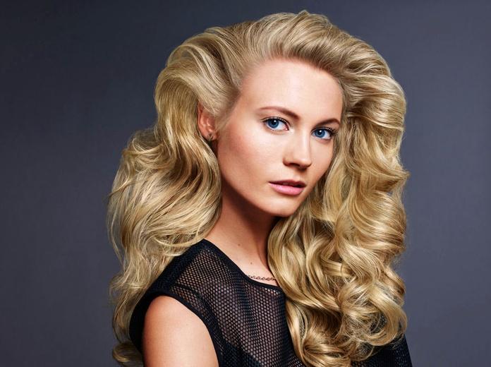 Blonde Idol