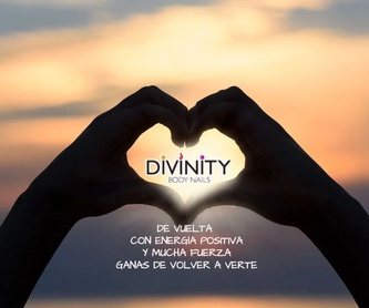 Extension de Pestañas: Servicios de Divinity Body Nails