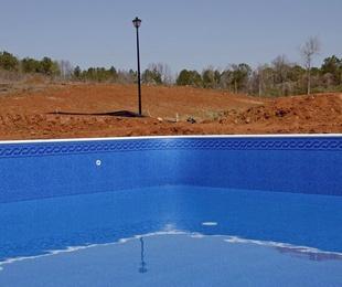 ¿De qué materiales se hacen las piscinas?