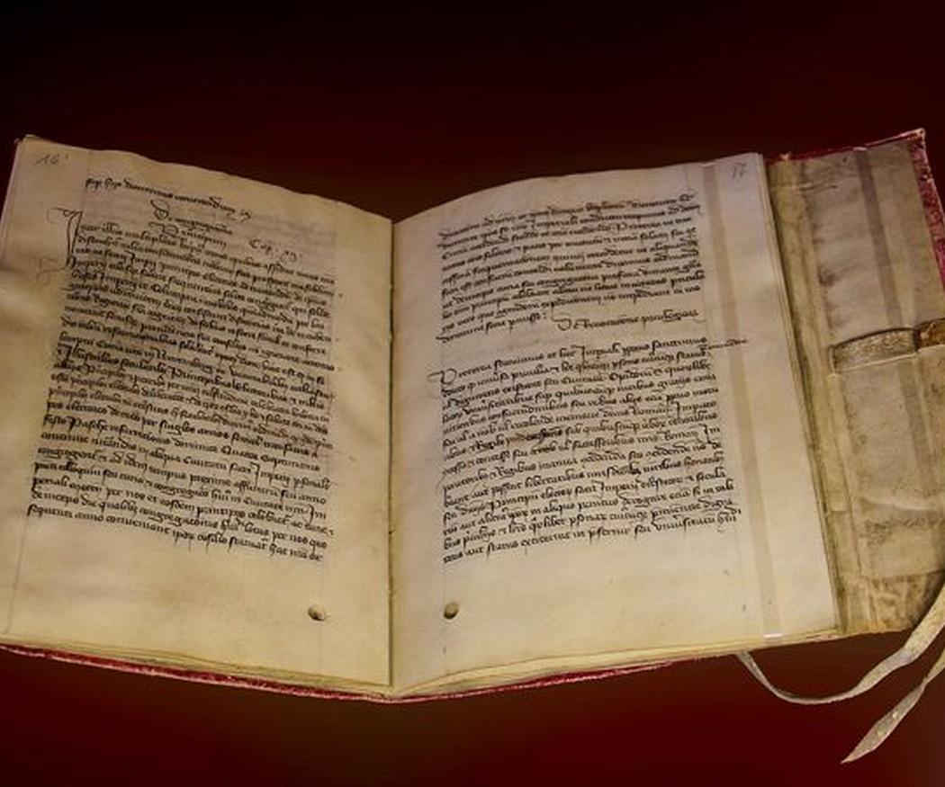 ¿Qué determina el precio de un libro antiguo?