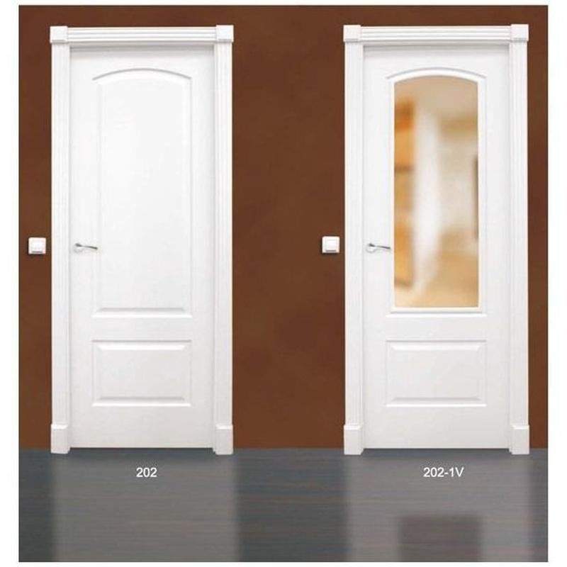 Modelo 202 Puerta lacada de calidad estándar