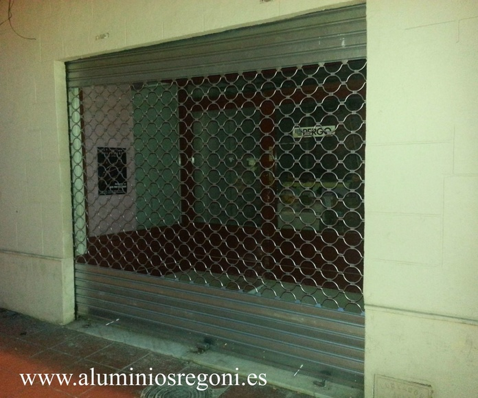Puerta enrollable galvanizada tipo aros