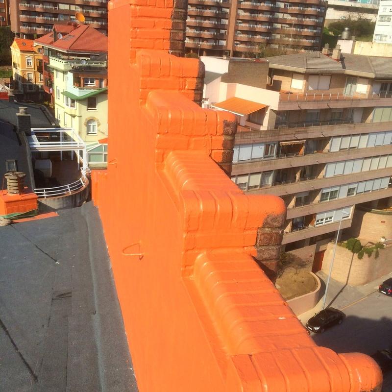 Impermeabilización de muros y cubiertas de telas asfálticas.