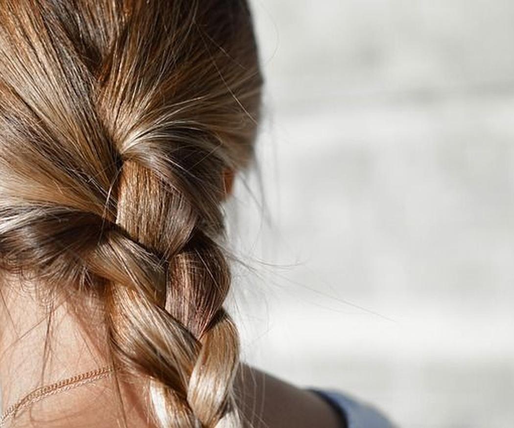 Peinados para vencer a la humedad