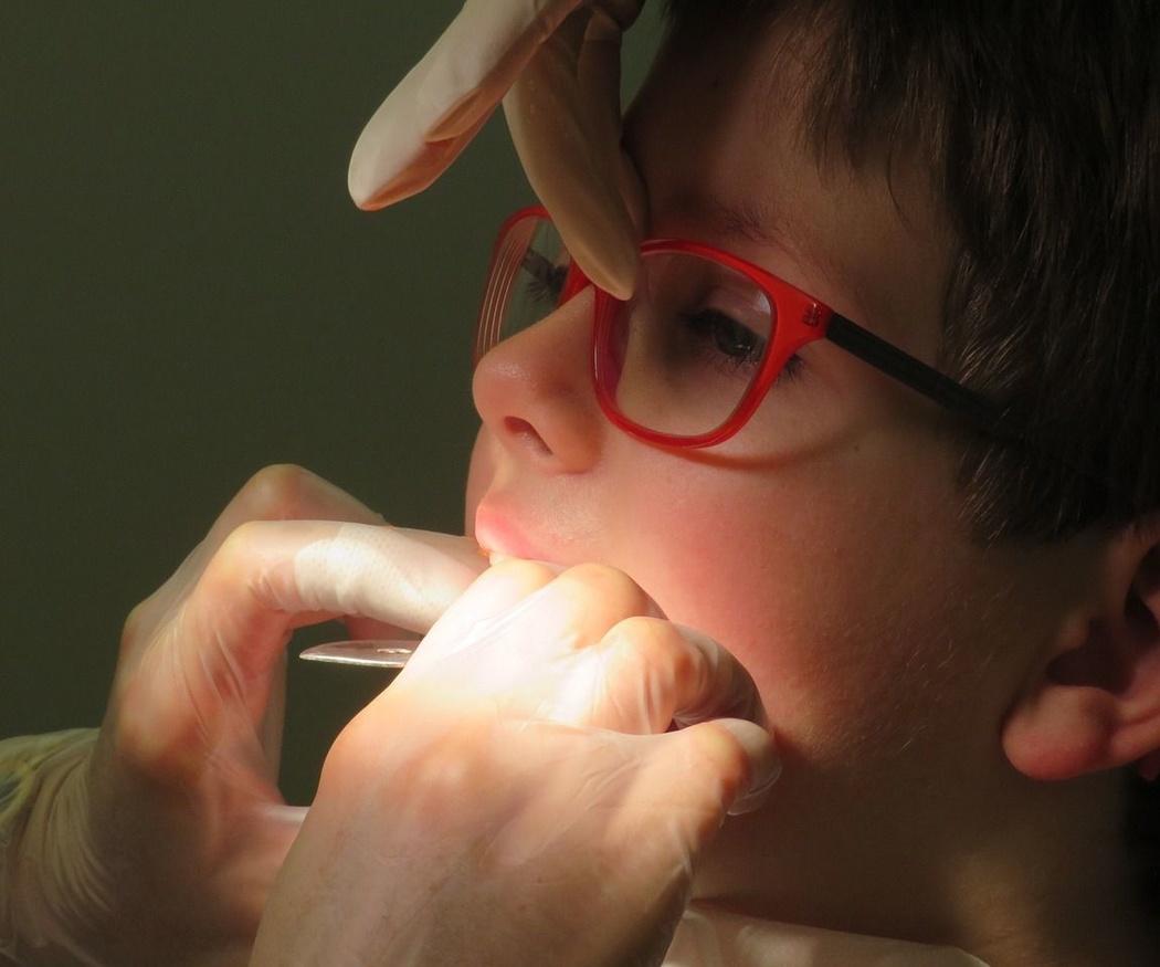¿Cuáles son los tratamientos dentales para los niños?