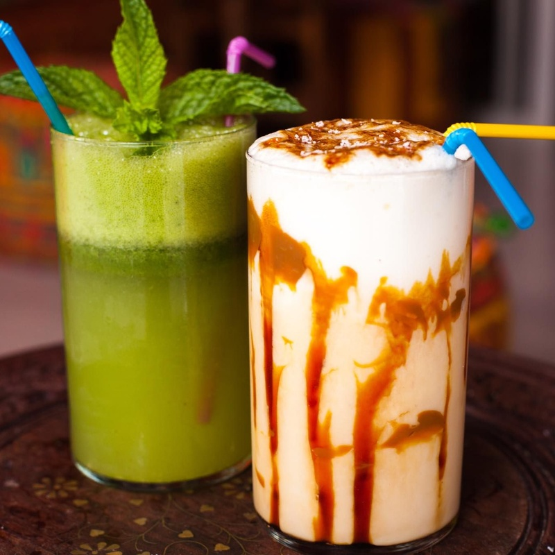 Batidos con leche y cafés: Carta de Tetería Aladdín Ibiza
