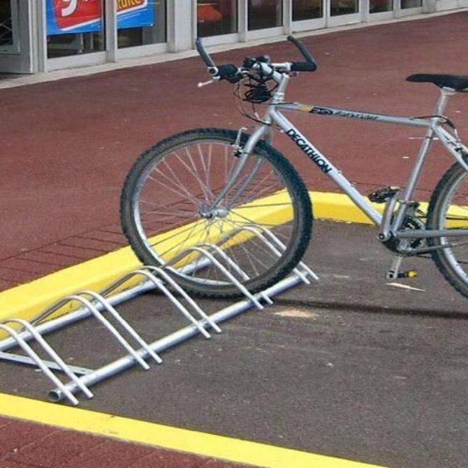 Los soportes para aparcar bicicletas