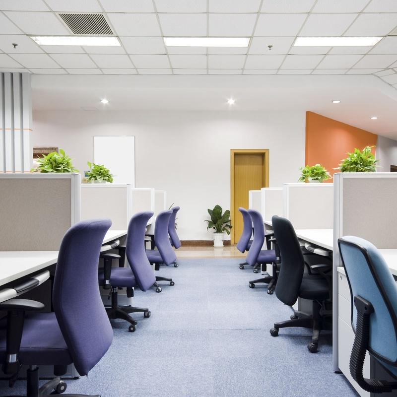 Limpieza y tratamiento de mobiliario y equipos de oficina: Servicios de Selimca