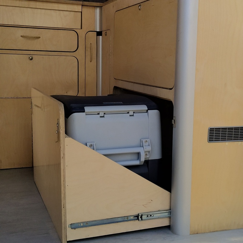 Ford Transit 3 plazas: Servicios de CamperIbiza