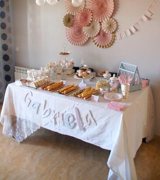 Mesa de Comunión en rosa y oro