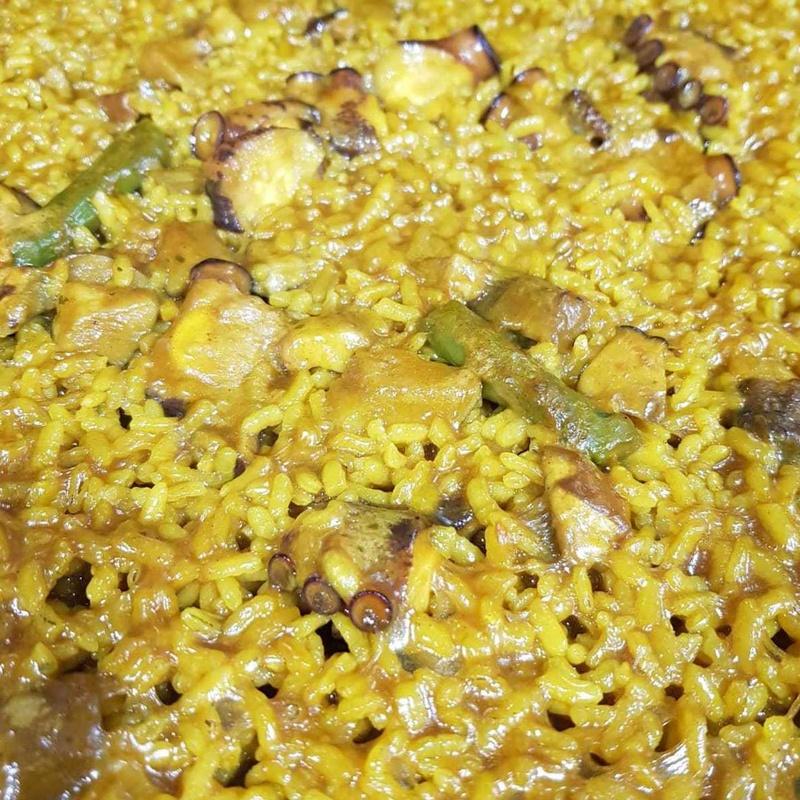 Paella de Pulpo y Espárragos trigueros en Restaurante Pepito la Flor
