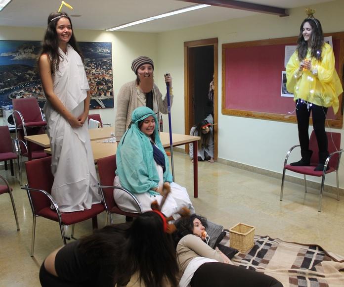 CONCURSO DE BELENES Y VILLANCICOS - JAIOTZA ETA GABON-KANTA TXAPELKETA: Alojamiento Universitario de Colegio Mayor Deusto