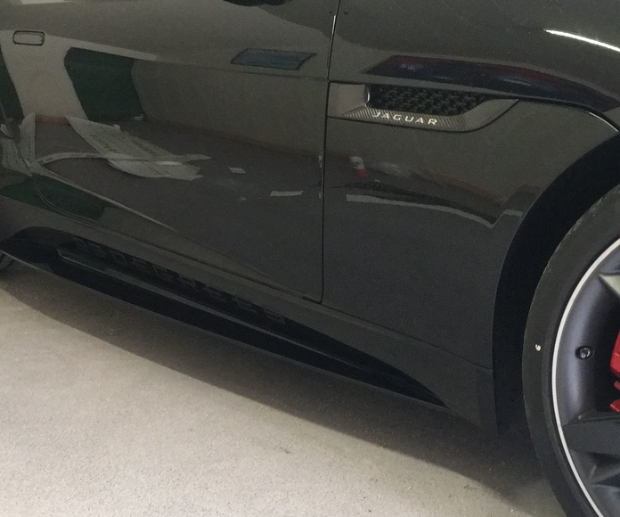 Rotulacion del nuevo jaguar de 23 degress
