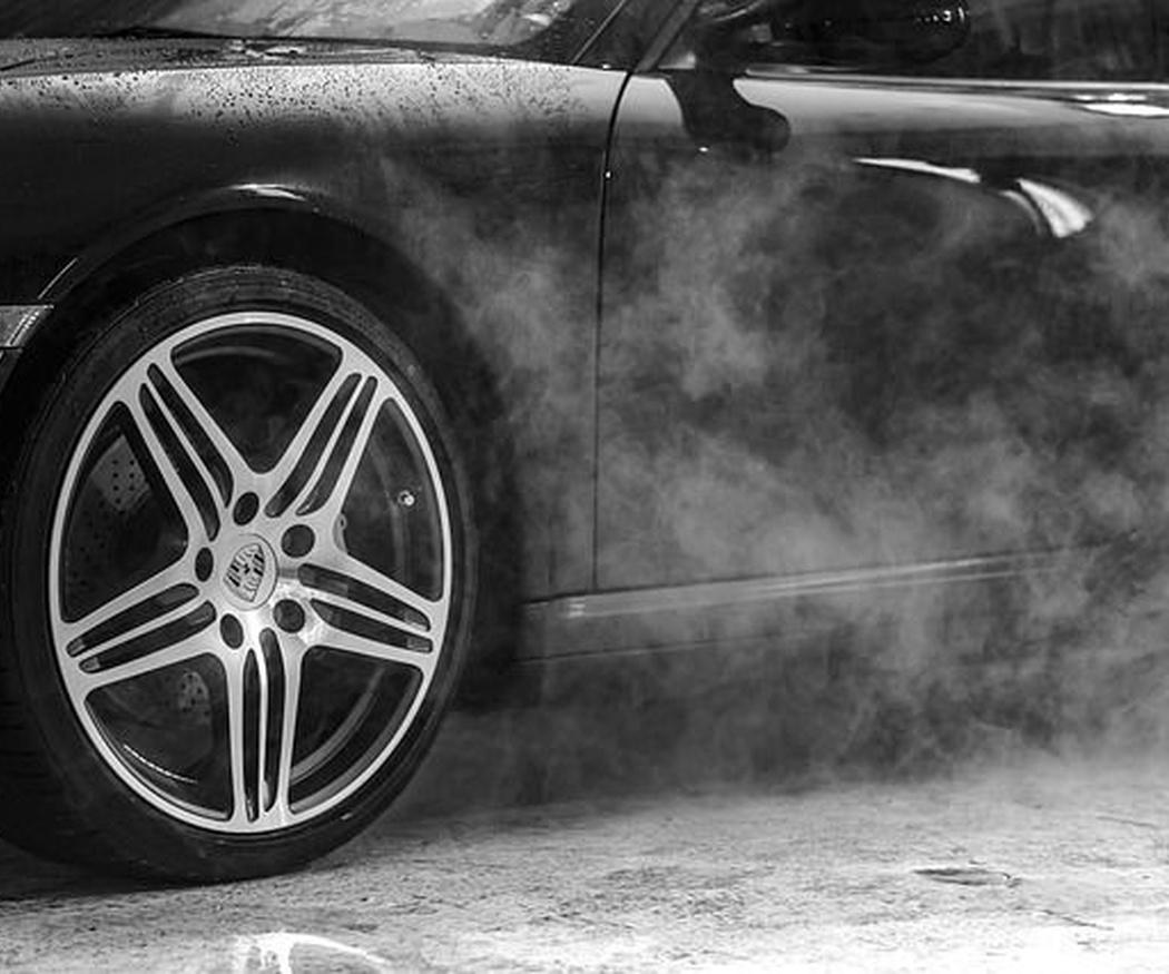 Las ventajas de lavar tu coche con un especialista
