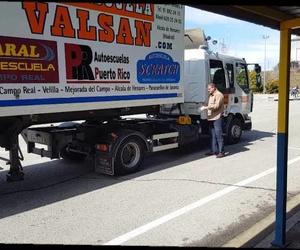 Maniobra de Enganche y Desenganche de Vehiculo articulado