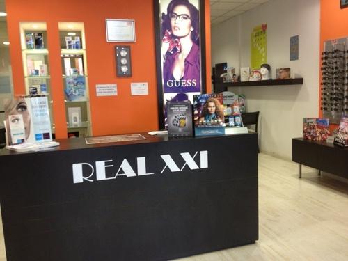 Fotos de Ópticas en Collado Villalba   Centro Óptico Real XXI