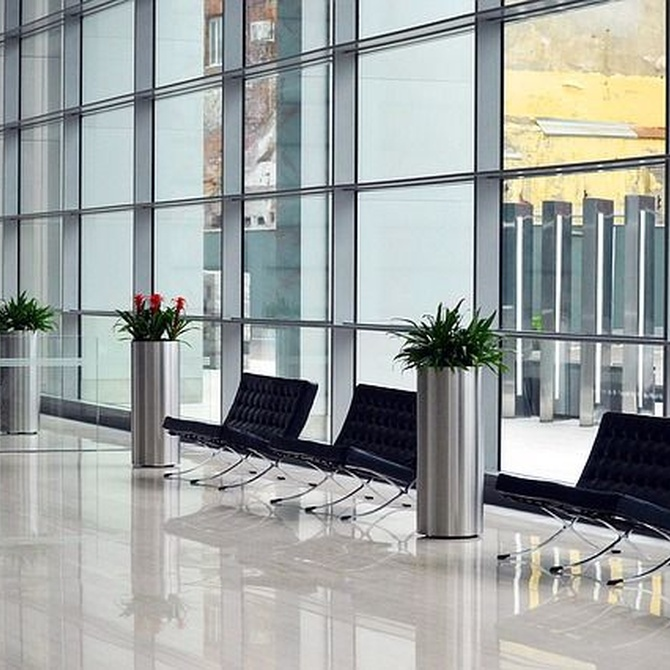 Soluciones de control de accesos para la seguridad en negocios y viviendas