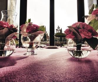 Ramos rosas blancas: Servicios de Sarria Flors