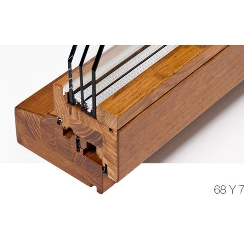 Finestres y Balconeres de fusta