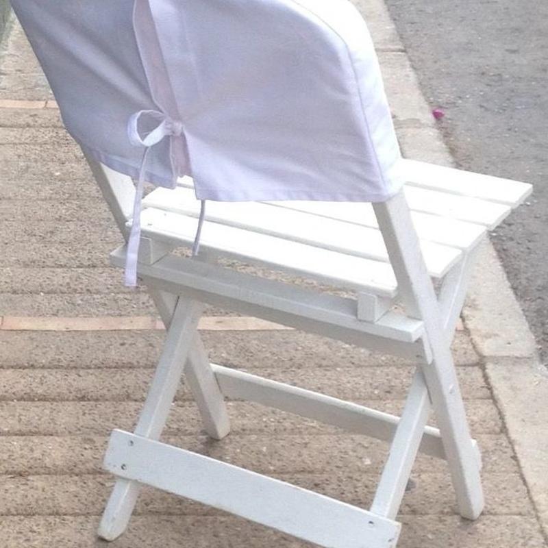 Silla madera blanca repaldo redondo: Catálogo de Jedal Alquileres