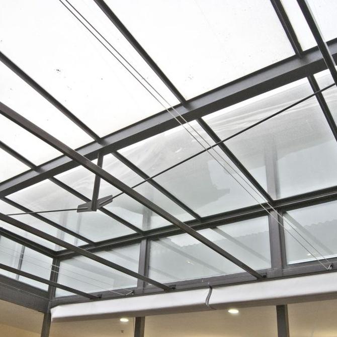 Mantenimiento de las cortinas de cristal
