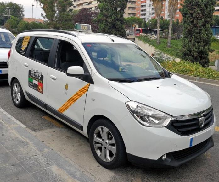Recogida a domicilio: Servicios de Taxi 24 H Tarragona