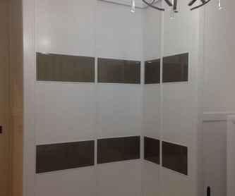 Puertas lacadas: Servicios de P y V Carpinteros Ebanistas