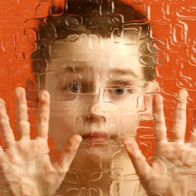 ¿En qué se distinguen el autismo y el síndrome de Asperger?