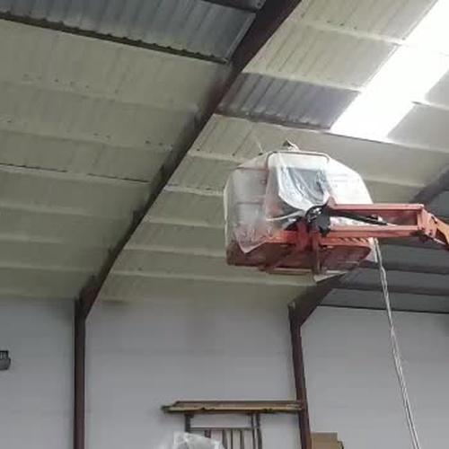 aislamiento con poliuretano en techo de chapa,  stop condensaciones.