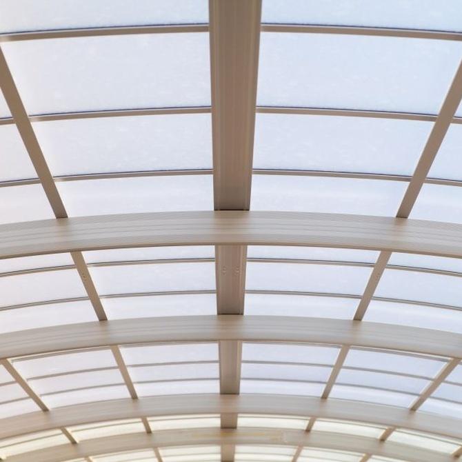 Ventajas de los techos móviles para la hostelería